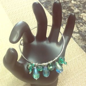 Jewelry - Blue green beaded bangle bracelet
